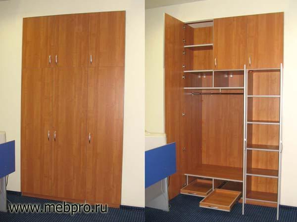 Встраиваемый шкаф с распашными дверями своими руками